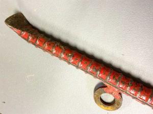 鳶職は鉄筋でバールを自作する